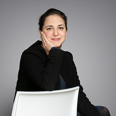 Qivive, Mélanie Allemand, Contract law France